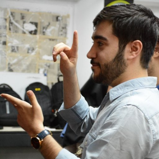 Hossein Momeniyan