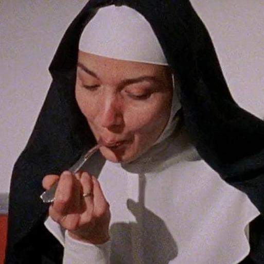 meryl streep almoçando cinza de cigarro