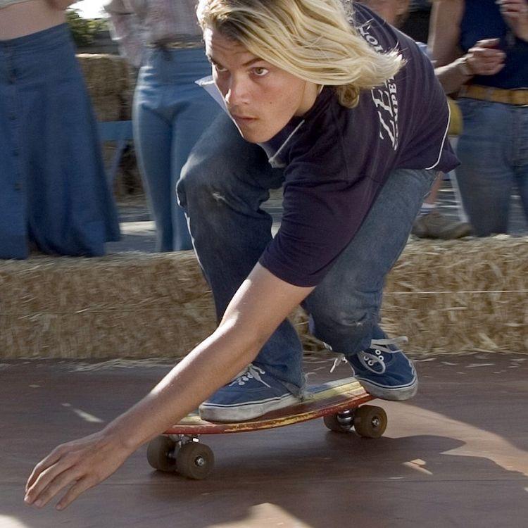Charli Monger