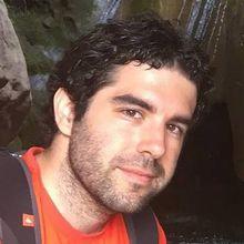 Víctor M. Yeste