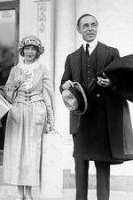 Lillian Gish in a Liberty Loan Appeal