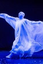 Lindsay Dances – Il teatro e la vita secondo Lindsay Kemp