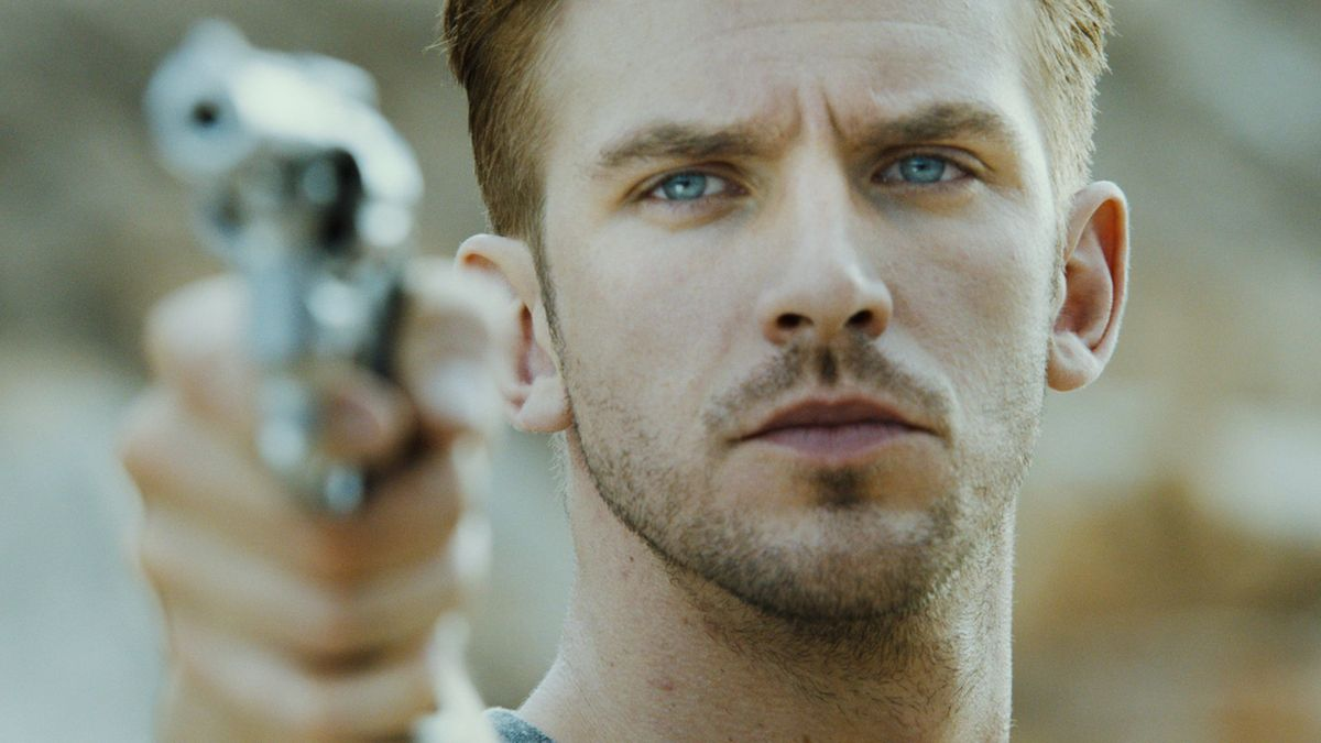 The Guest (2014) directed by Adam Wingard • Reviews, film + cast • Letterboxd