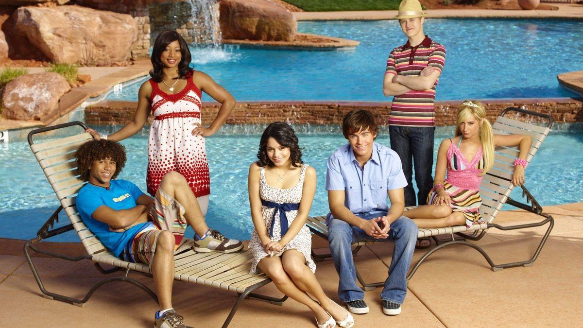 High School Musical 2 (2007) directed by Kenny Ortega ...
