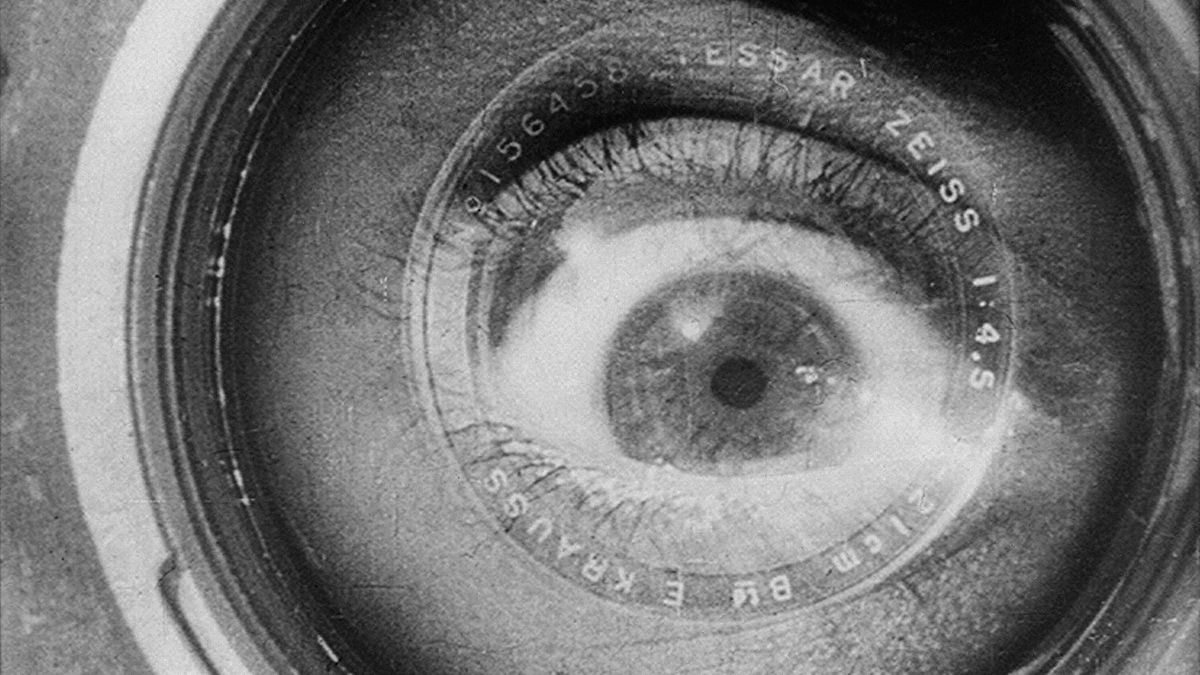 Man with a Movie Camera (1929) directed by Dziga Vertov • Reviews ...