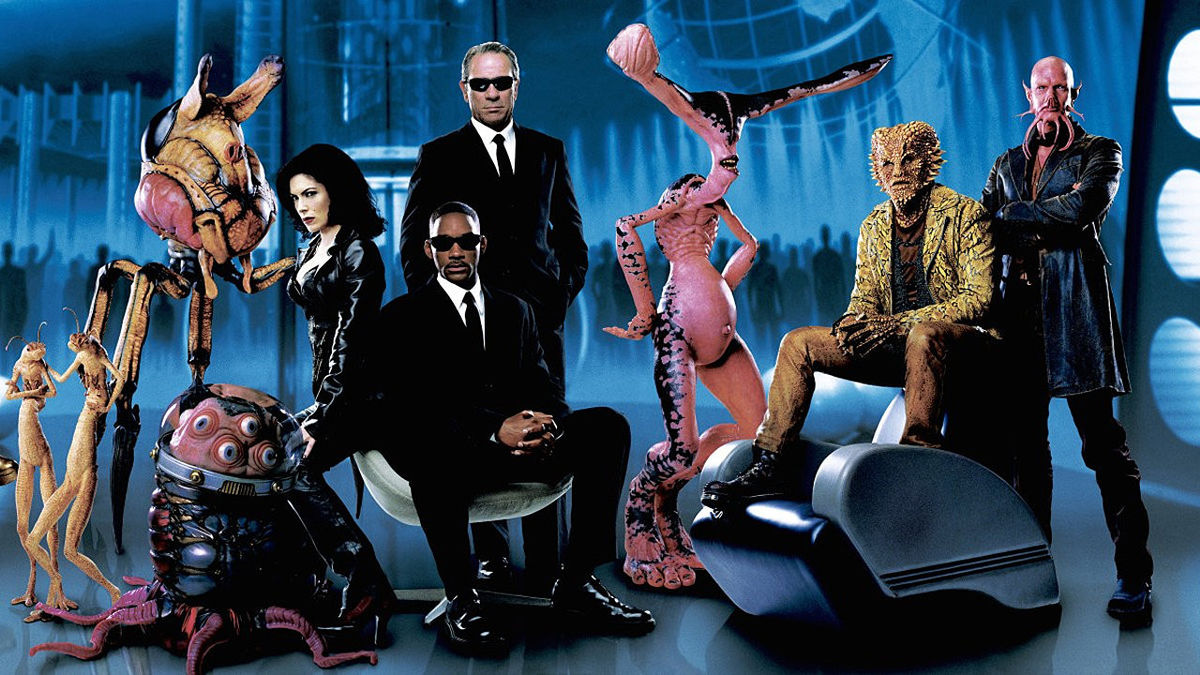 Men In Black Ii 2002 Directed By Barry Sonnenfeld Reviews Film Cast Letterboxd