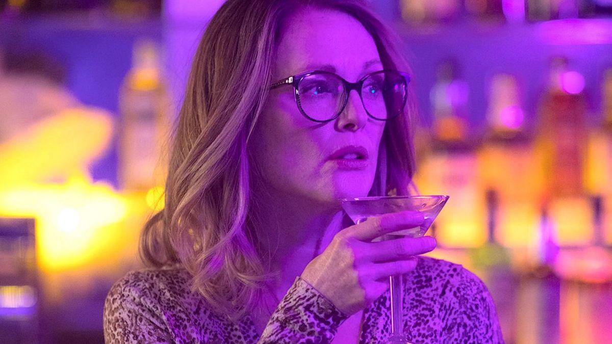 Gloria Bell 2018 Directed By Sebastin Lelio  Reviews -5491