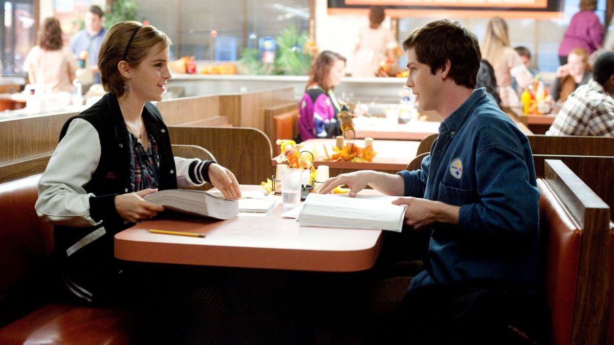 https://a.ltrbxd.com/resized/sm/upload/hw/ku/qs/7u/the-perks-of-being-a-wallflower-1200-1200-675-675-crop-000000.jpg?k=627792fa55