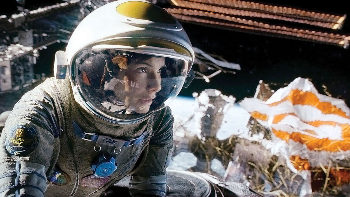 Gravity 2013 Directed By Alfonso Cuaron Reviews Film Cast Letterboxd