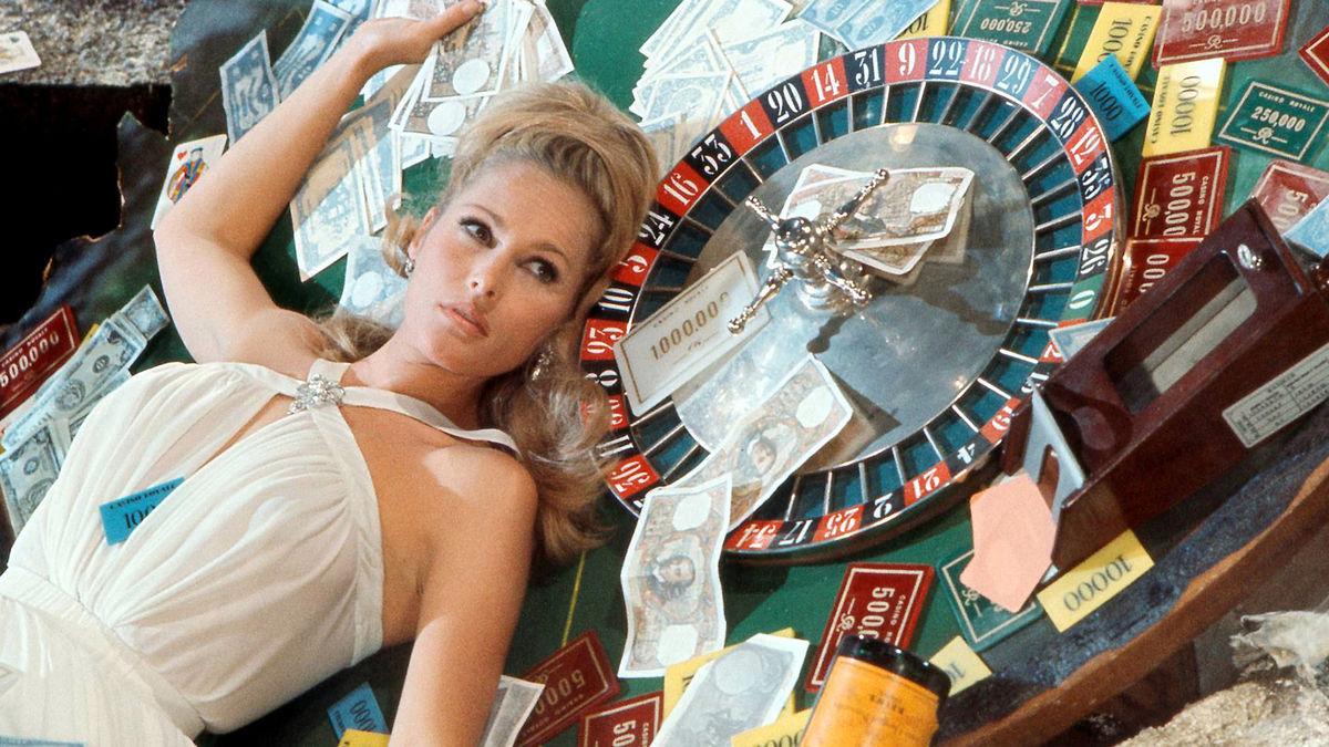 Казино рояль 1967 казино рулетка онлайн играть бесплатно без регистрации