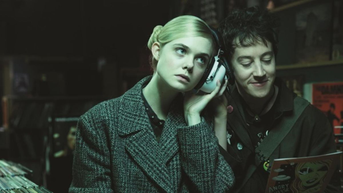 How To Talk To Girls At Parties (2017) Directed By John Cameron Mitchell U2022  Reviews, Film + Cast U2022 Letterboxd